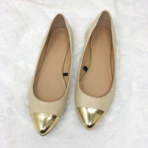 Banana Republic Women Gold Ballet Flats